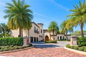 1818 N Lake Shore Dr, Sarasota, FL 34231