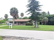 Single Family Home for sale at 127 50th St, Holmes Beach, FL 34217 - MLS Number is A4478205