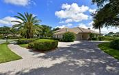 Single Family Home for sale at 8869 Bloomfield Blvd, Sarasota, FL 34238 - MLS Number is A4480947
