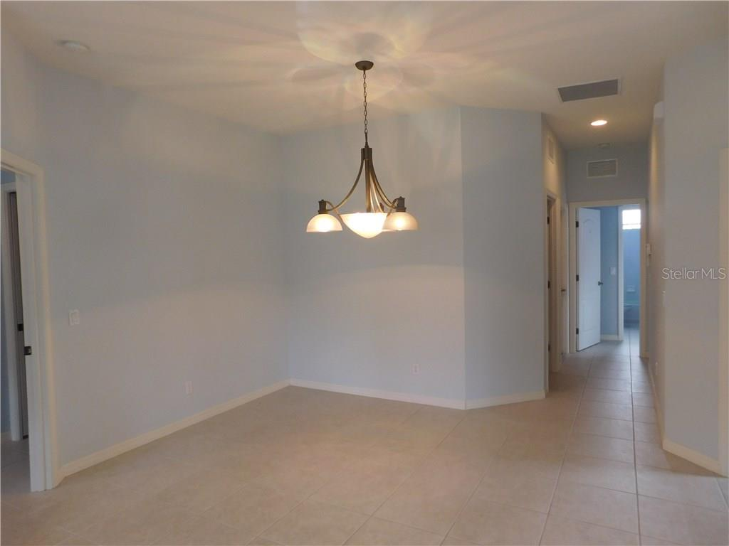 Dining Room - Villa for sale at 1649 Monarch Dr #1649, Venice, FL 34293 - MLS Number is N5909224