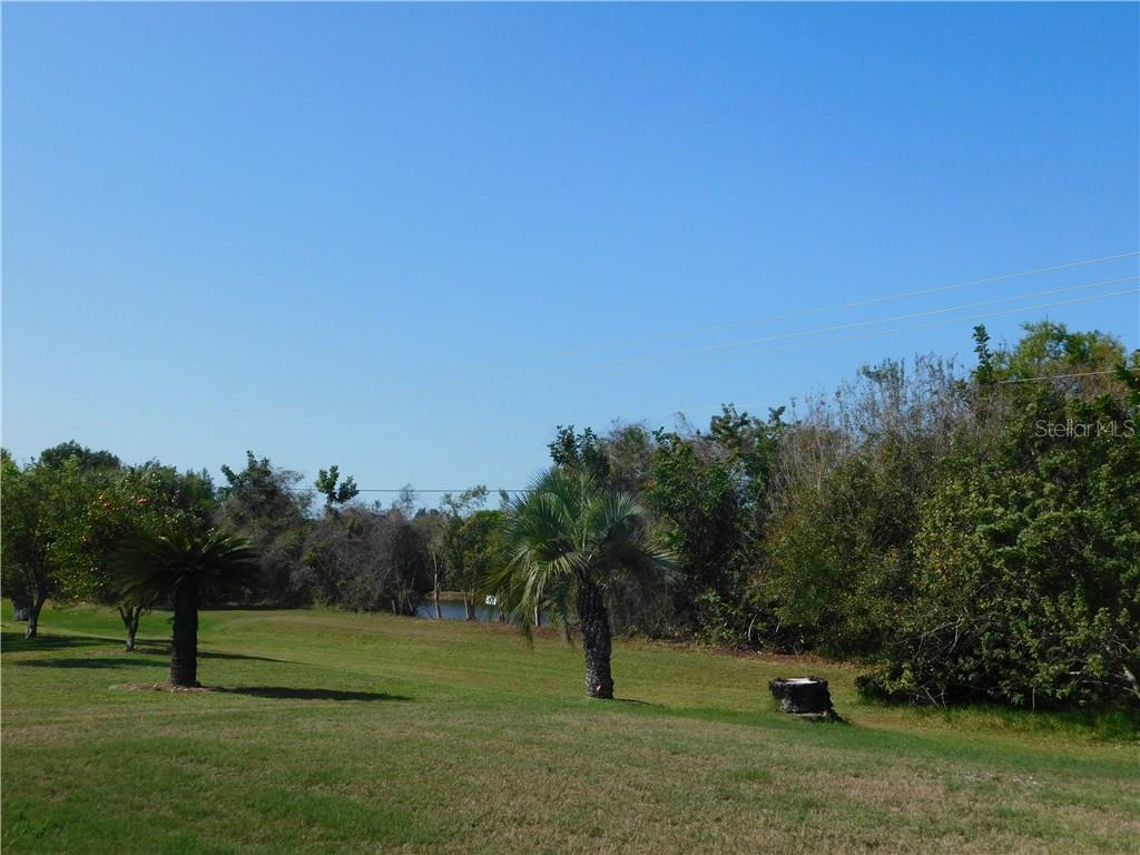 View - Single Family Home for sale at 523 Warwick Dr, Venice, FL 34293 - MLS Number is N5912085