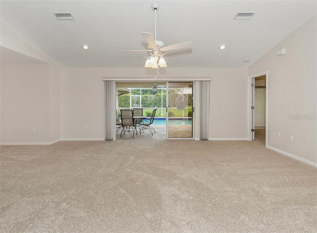 Living Room - Single Family Home for sale at 3160 Willow Springs Cir, Venice, FL 34293 - MLS Number is N5912811