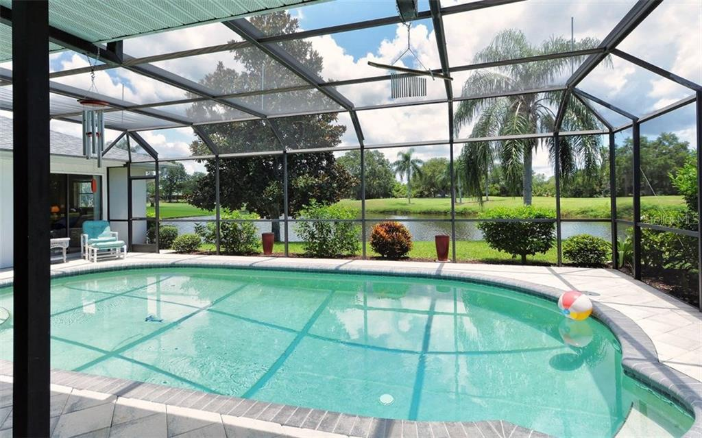 Heated Pool With View - Single Family Home for sale at 1930 Innisbrook Ct, Venice, FL 34293 - MLS Number is N5913572