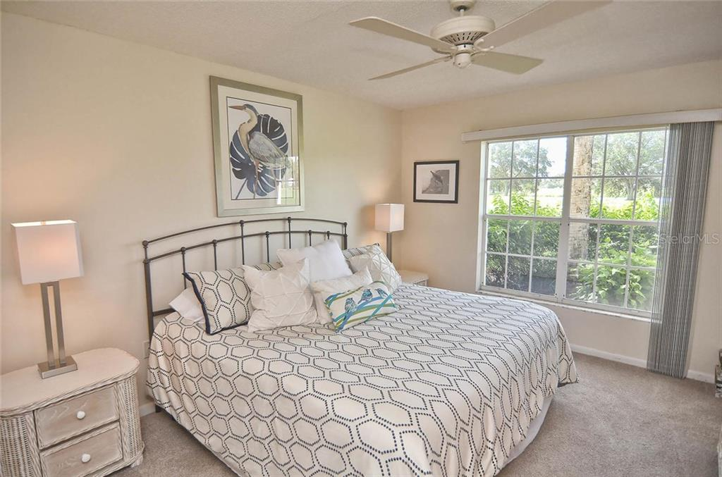Master bedroom - Condo for sale at 811 Wexford Blvd #811, Venice, FL 34293 - MLS Number is N5914092