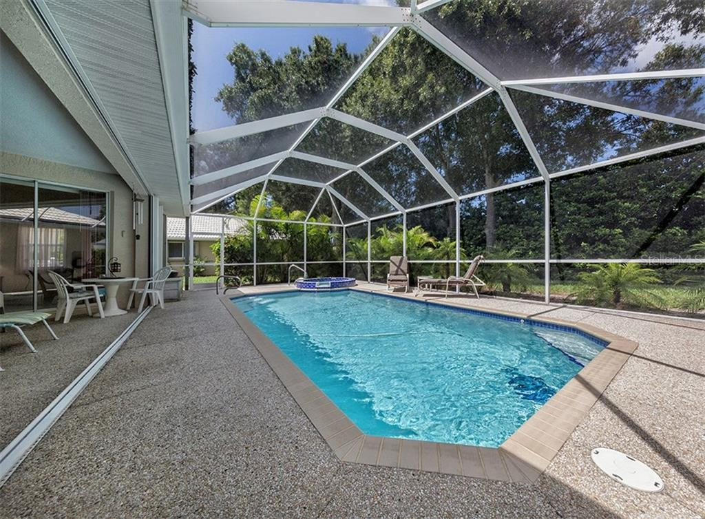 Pool - Single Family Home for sale at 577 Park Estates Sq, Venice, FL 34293 - MLS Number is N5914129