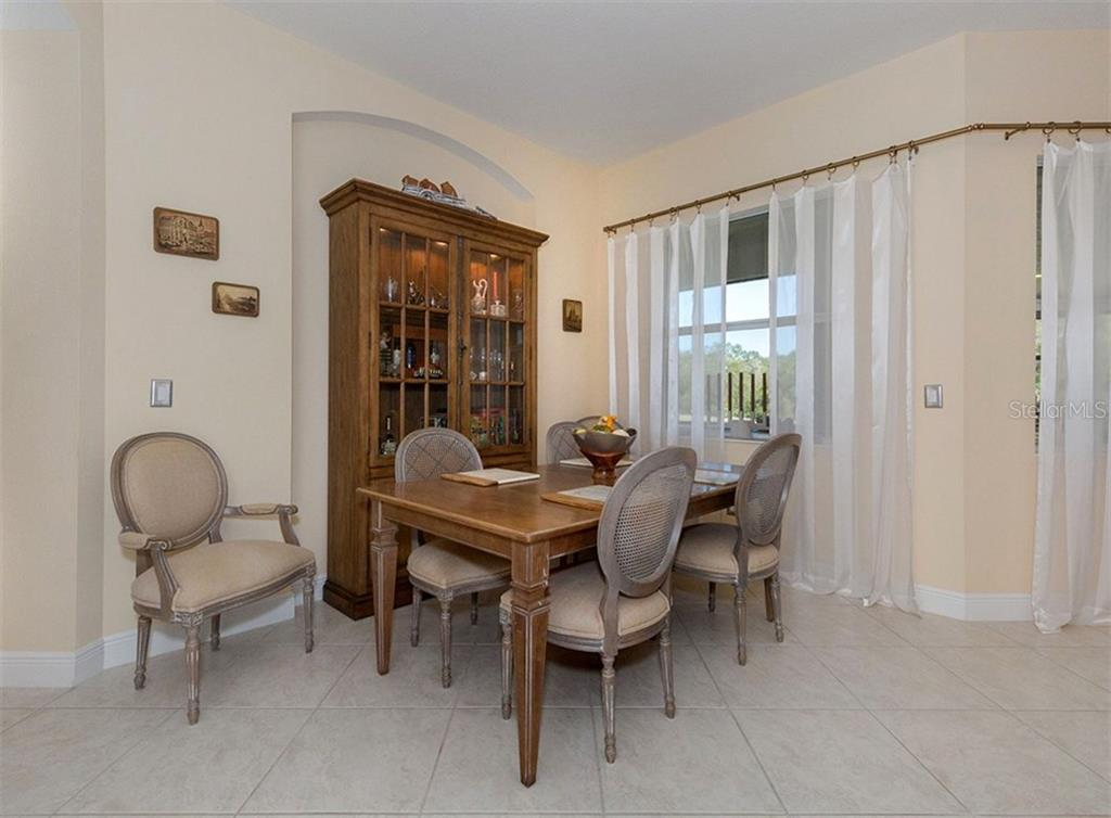 Dinette - Single Family Home for sale at 221 Portofino Dr, North Venice, FL 34275 - MLS Number is N5914925