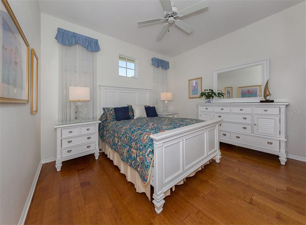Guest Bedroom - Single Family Home for sale at 329 Venice Golf Club Dr, Venice, FL 34292 - MLS Number is N5915275