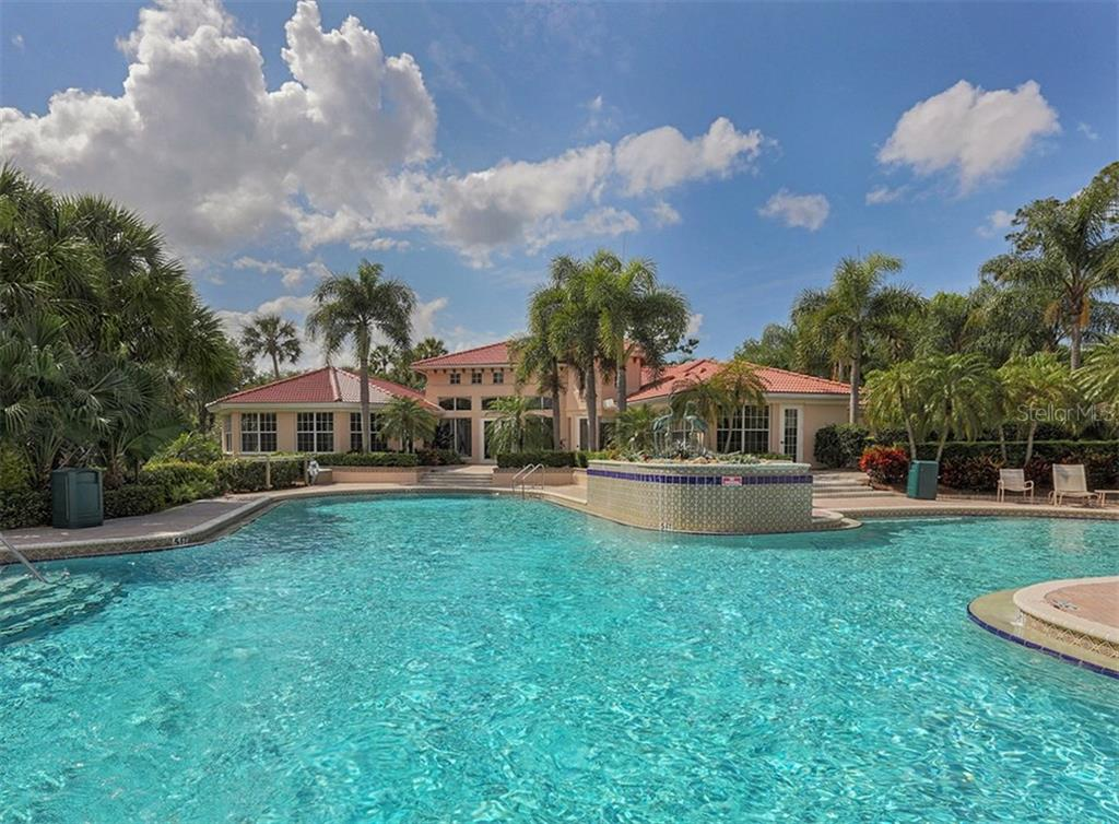 Clubhouse Pool - Single Family Home for sale at 579 Mossy Creek Dr, Venice, FL 34292 - MLS Number is N5915511