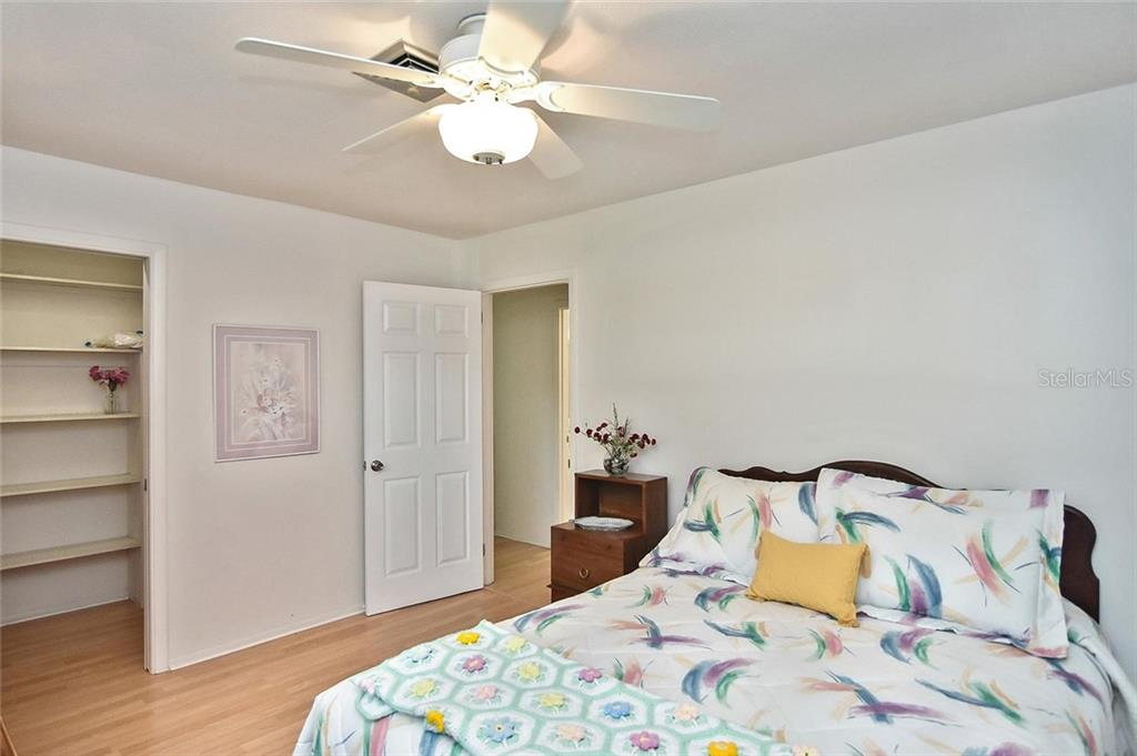Master bedroom - Condo for sale at 139 Field Ave E #139, Venice, FL 34285 - MLS Number is N5915558