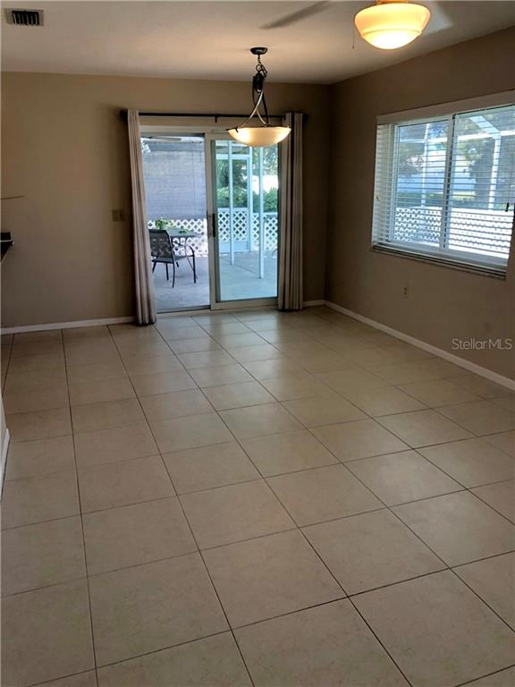 Single Family Home for sale at 923 E Kathy Ct, Venice, FL 34293 - MLS Number is N6100595