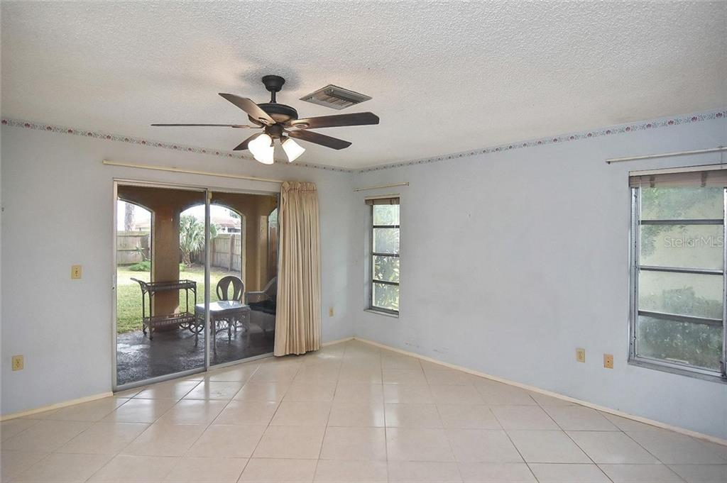 Master bedroom - Single Family Home for sale at 1885 Neptune Dr, Englewood, FL 34223 - MLS Number is N6103051