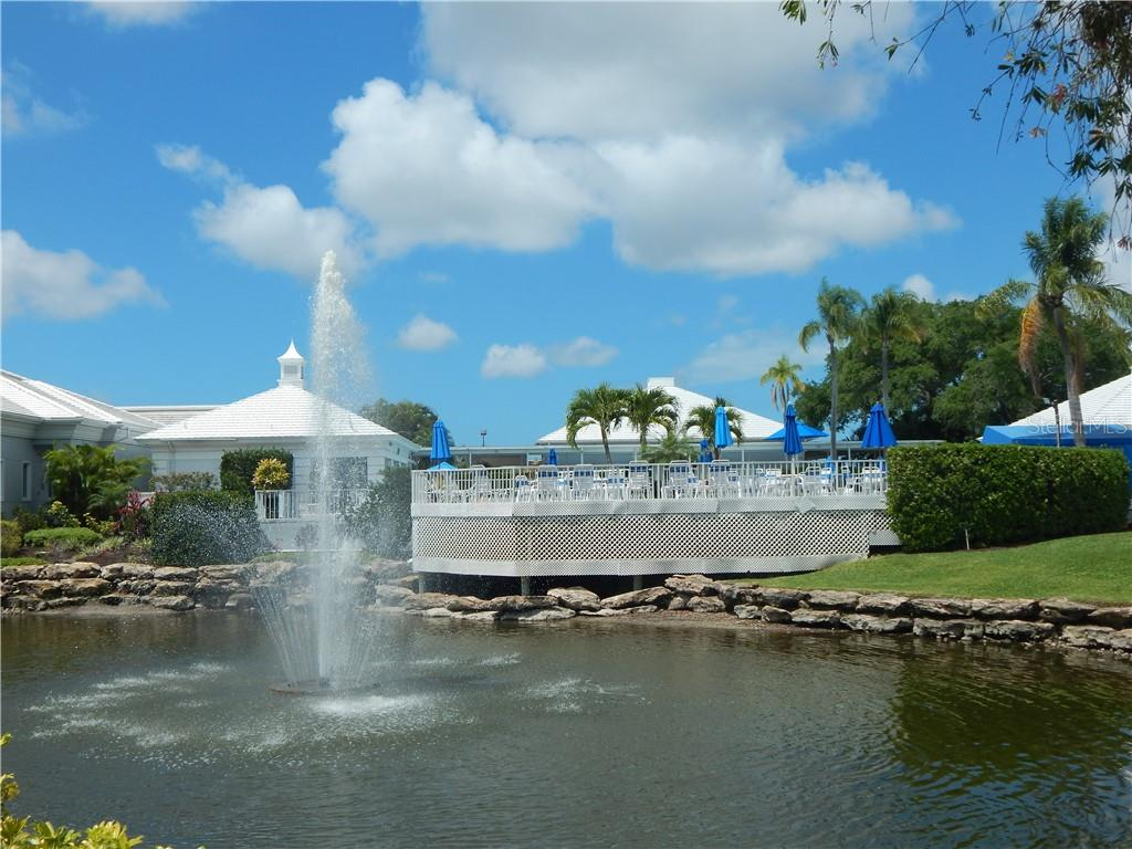 PLANTATION GOLF & CC POOL AND CLUBHOUSE - Villa for sale at 572 Clubside Cir #34, Venice, FL 34293 - MLS Number is N6105221