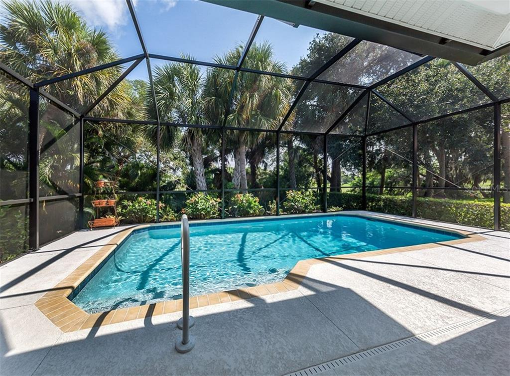 Pool - Single Family Home for sale at 836 Connemara Cir, Venice, FL 34292 - MLS Number is N6105684