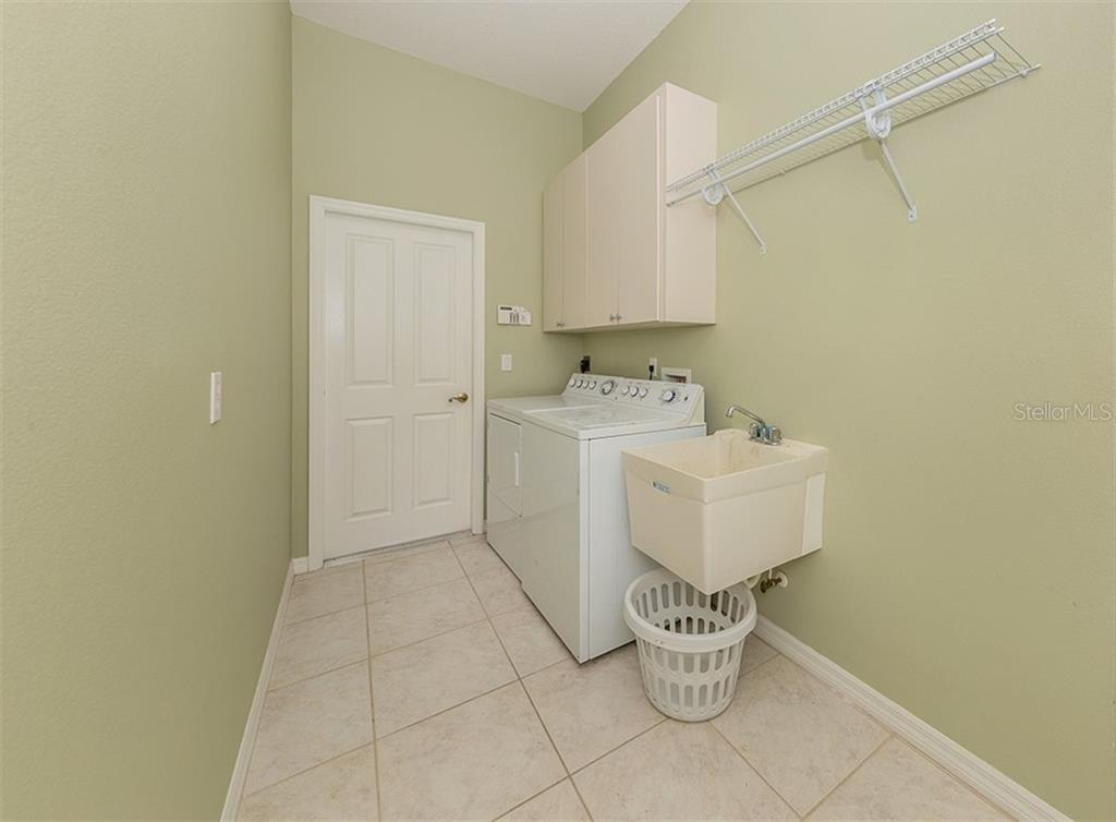 Single Family Home for sale at 731 Fringed Orchid Trl, Venice, FL 34293 - MLS Number is N6105812