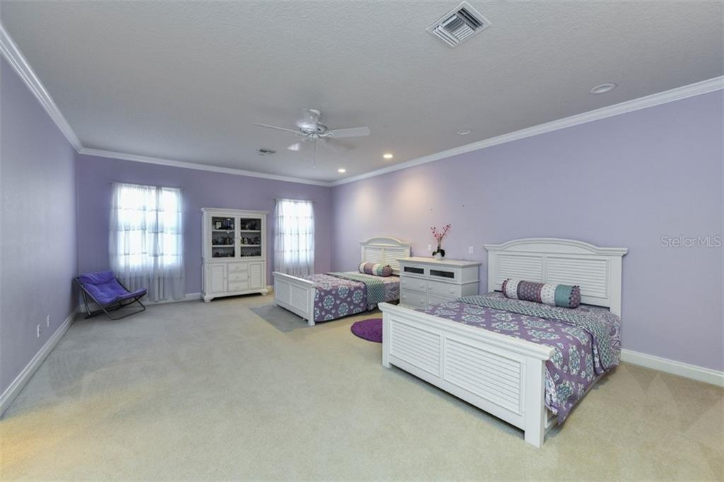 Bedroom 3 - Single Family Home for sale at 854 Macewen Dr, Osprey, FL 34229 - MLS Number is N6106697
