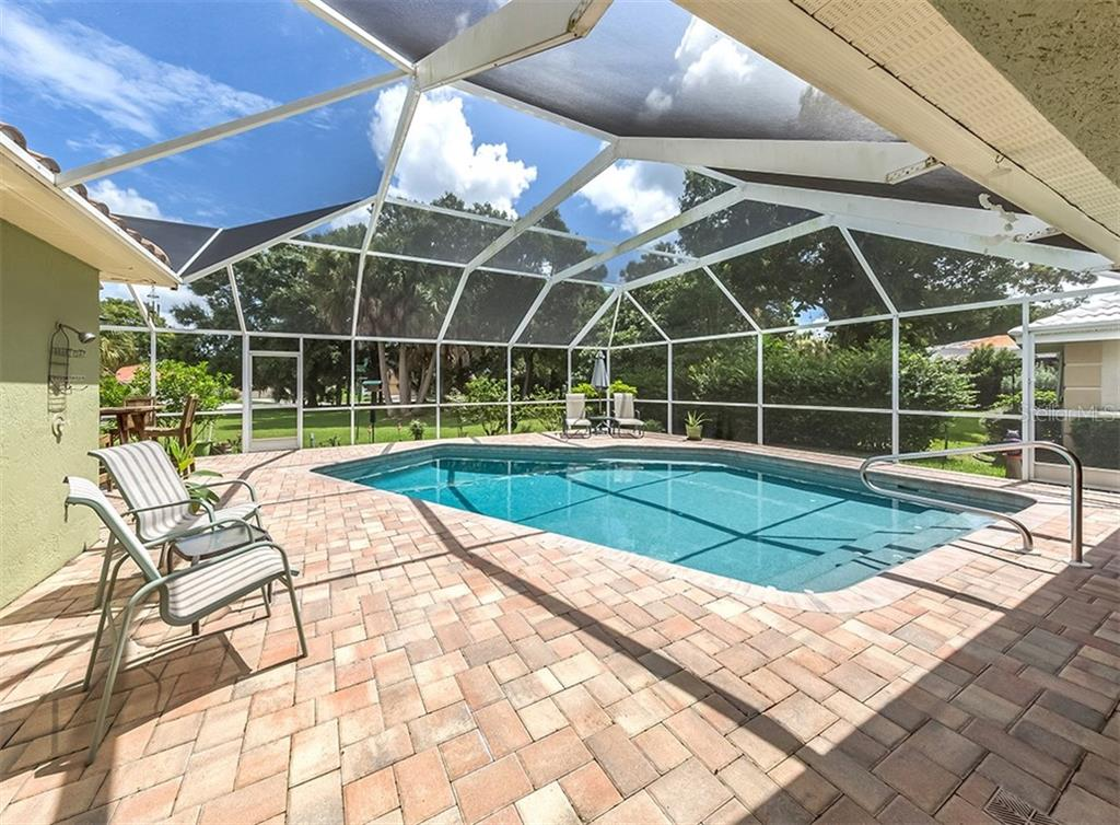Pool - Single Family Home for sale at 521 Waterwood Ln, Venice, FL 34293 - MLS Number is N6107048