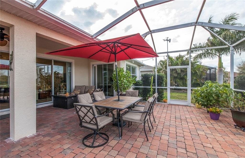 Huge extended lanai - Single Family Home for sale at 5392 Layton Dr, Venice, FL 34293 - MLS Number is N6109506