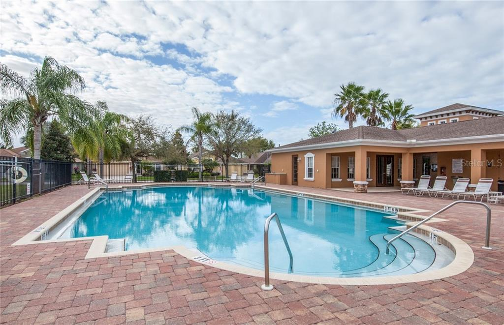 Community pool - Single Family Home for sale at 5392 Layton Dr, Venice, FL 34293 - MLS Number is N6109506