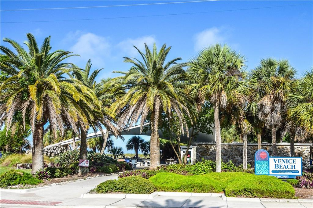 Venice Beach - Condo for sale at 404 Cerromar Cir N #110, Venice, FL 34293 - MLS Number is N6109897