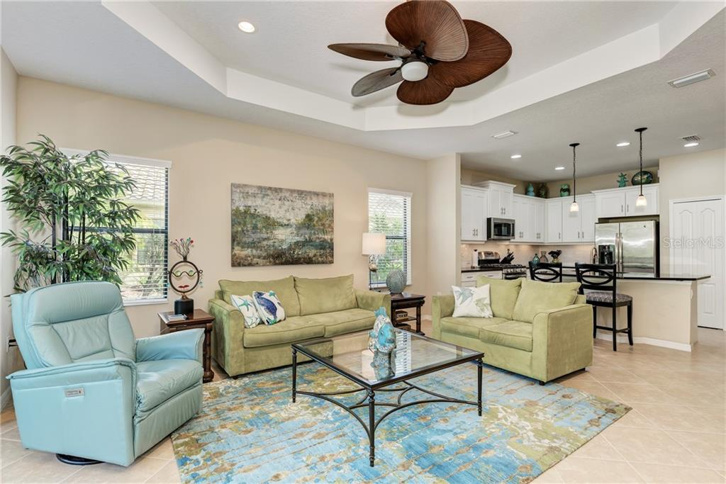 Living Room - Villa for sale at 11433 Okaloosa Dr, Venice, FL 34293 - MLS Number is N6113314