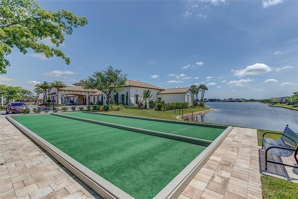 Single Family Home for sale at 108 Maraviya Blvd, North Venice, FL 34275 - MLS Number is N6113946