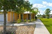 Lanai - Single Family Home for sale at 9150 Deer Ct, Venice, FL 34293 - MLS Number is N6101408