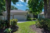 Front - Single Family Home for sale at 633 Apalachicola Rd, Venice, FL 34285 - MLS Number is N6102111