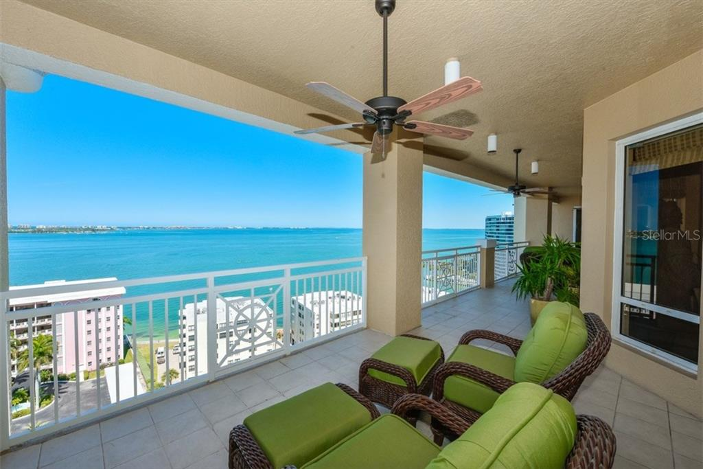 Additional photo for property listing at 35 Watergate Dr #1403  Sarasota, Florida,34236 United States