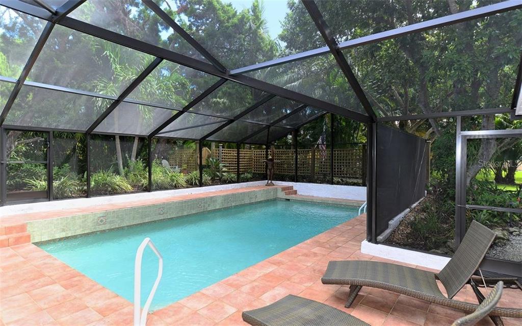 Additional photo for property listing at 6551 Bayou Hammock Rd  Longboat Key, Florida,34228 United States
