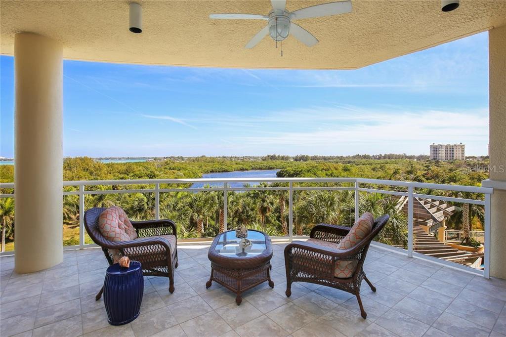 Additional photo for property listing at 1300 Benjamin Franklin Dr #509  Sarasota, Florida,34236 United States
