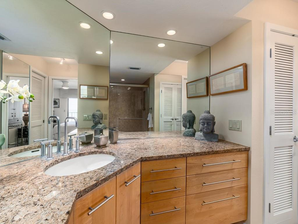 With walk-in closet - Condo for sale at 20 Whispering Sands Dr #301, Sarasota, FL 34242 - MLS Number is A4190302