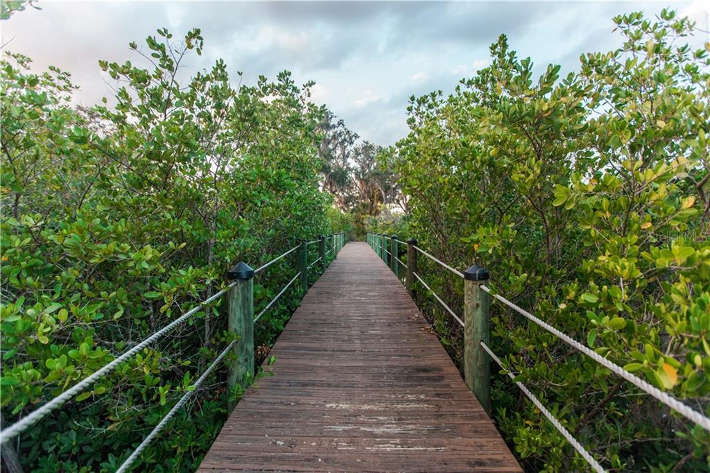 Additional photo for property listing at 608 Regatta Way 608 Regatta Way Bradenton, 佛羅里達州,34208 美國