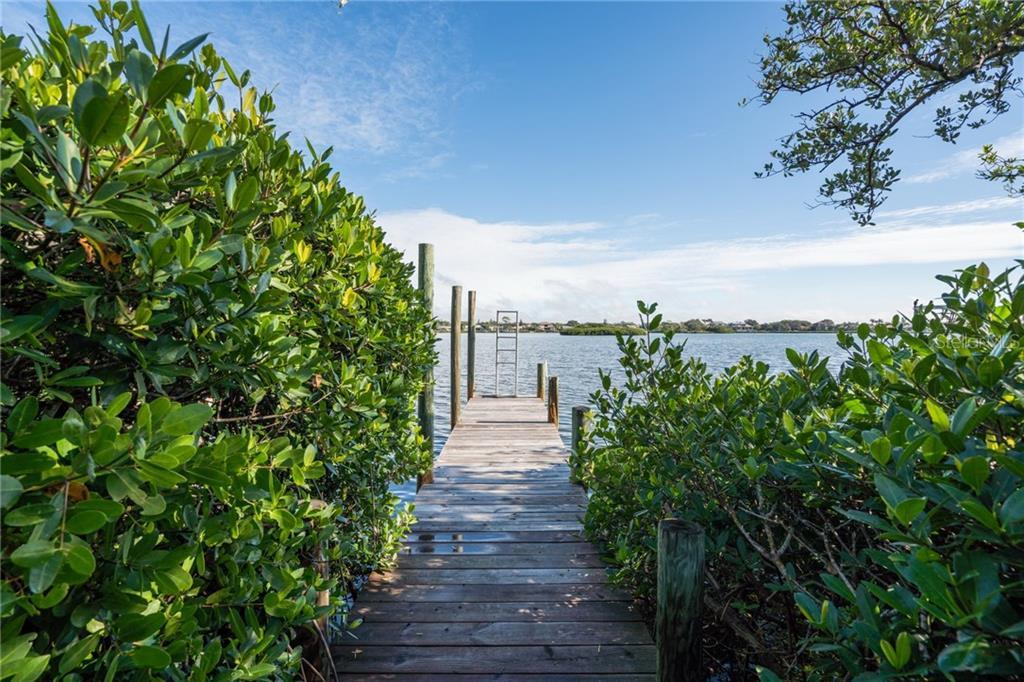 Additional photo for property listing at 3528 Casey Key Rd 3528 Casey Key Rd Nokomis, Florida,34275 États-Unis