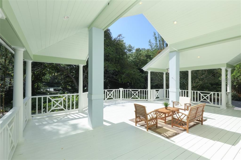 Single Family Home for sale at 8501 Midnight Pass Rd, Sarasota, FL 34242 - MLS Number is A4424681