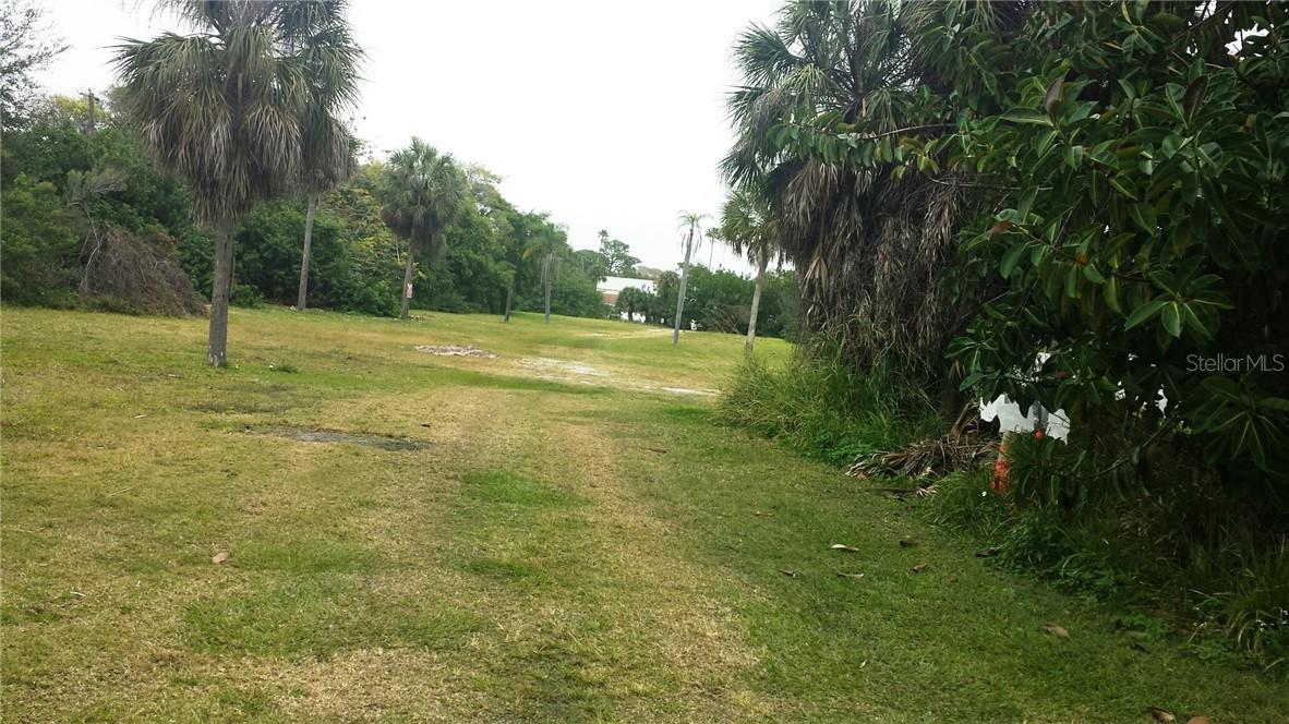 2+ acres RMF 4  0.6 mile walk to the Beach - Vacant Land for sale at 1631 Stickney Point Rd And 1681 Stickney Point Rd Rd, Sarasota, FL 34231 - MLS Number is A4425680