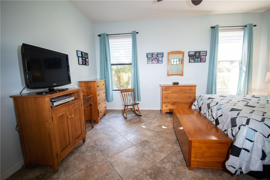 Master Bedroom - Villa for sale at 1808 Batello Dr, Venice, FL 34292 - MLS Number is A4426491