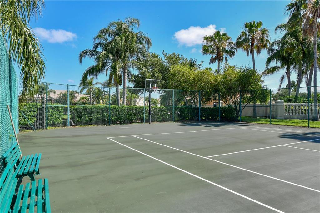 Laurel Lakes tennis courts - Single Family Home for sale at 2745 Harvest Dr, Sarasota, FL 34240 - MLS Number is A4436381