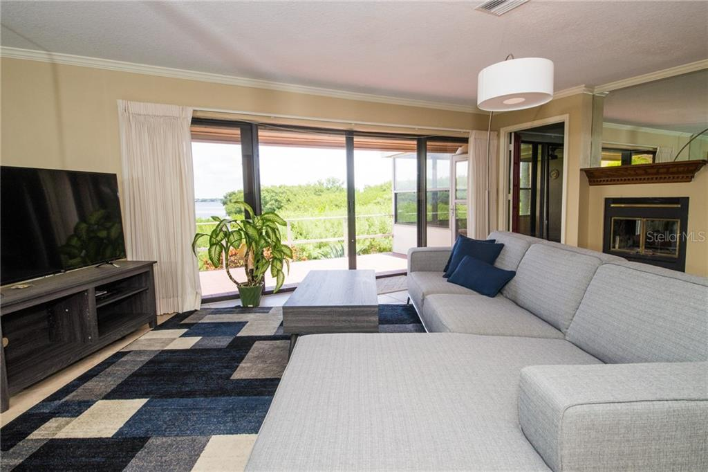 Spacious living area. - Condo for sale at 4001 Catalina Dr, Bradenton, FL 34210 - MLS Number is A4443126