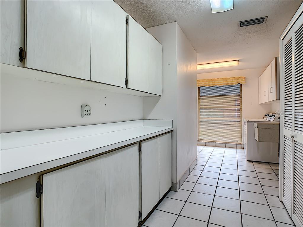HUGE storage on both sides in the laundry room. - Single Family Home for sale at 7006 18th Ave W, Bradenton, FL 34209 - MLS Number is A4450658