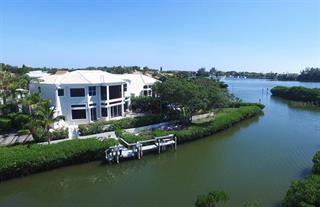 3574 Fair Oaks Way, Longboat Key, FL 34228