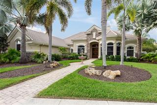 7997 Royal Birkdale Cir, Lakewood Ranch, FL 34202