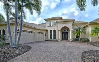 6808 Belmont Ct, Lakewood Ranch, FL 34202