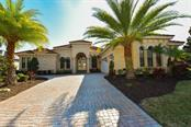 6935 Lacantera Cir, Lakewood Ranch, FL 34202