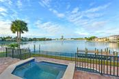 Single Family Home for sale at 212 Bird Key Dr, Sarasota, FL 34236 - MLS Number is A4422402