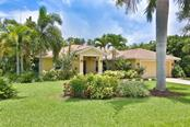 7620 2nd Ave W, Bradenton, FL 34209