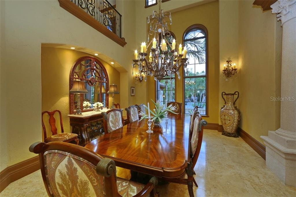 Formal Dining Room - Single Family Home for sale at 419 Bayview Pkwy, Nokomis, FL 34275 - MLS Number is N5913189